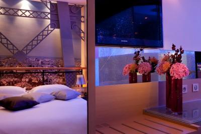 Chambre Tour Eiffel , Hotel design Secret de Paris, 75009
