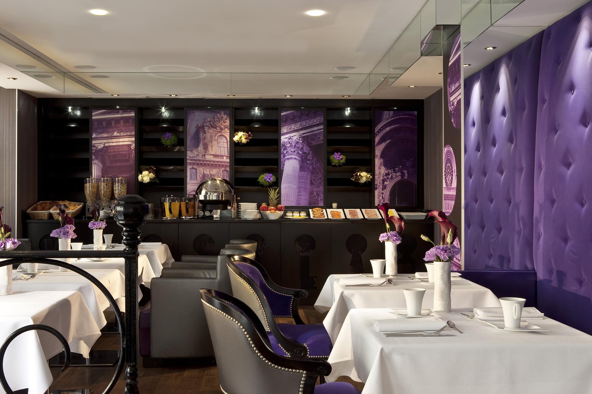 Salle de petit Dejeuner - Hotel de charme Secret de Paris